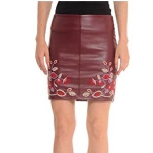 Romeo + Juliet Couture Flax Leather Skirt